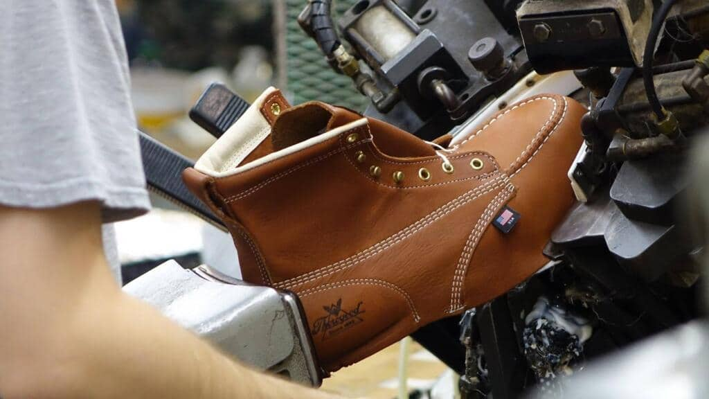 Top 3 Thorogood Roofing Boots That We Really Love In 2019