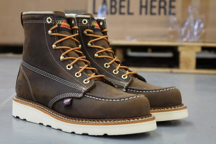 a2615c89deea Best Thorogood Roofing Boots | Reviews & Buying Guide (2019)