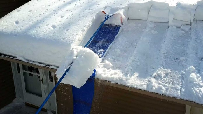 roof rakes snow